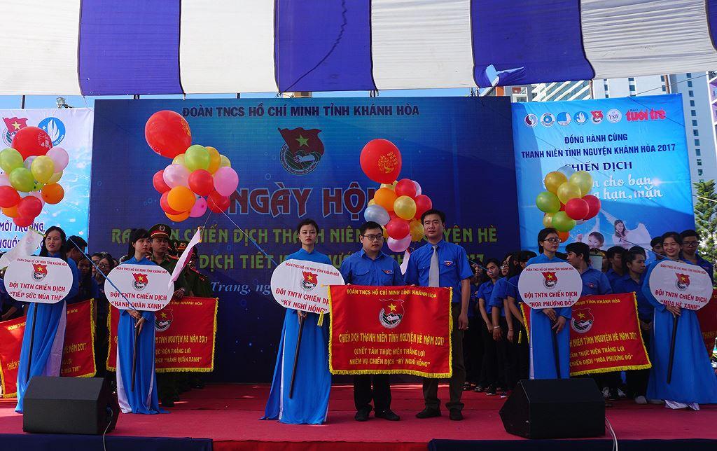 5doi gvjg - Khánh Hòa ra quân Thanh niên tình nguyện, Tiết kiệm nước sạch