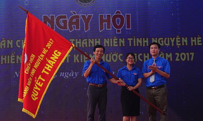 cochiendich ynwq - Khánh Hòa ra quân Thanh niên tình nguyện, Tiết kiệm nước sạch