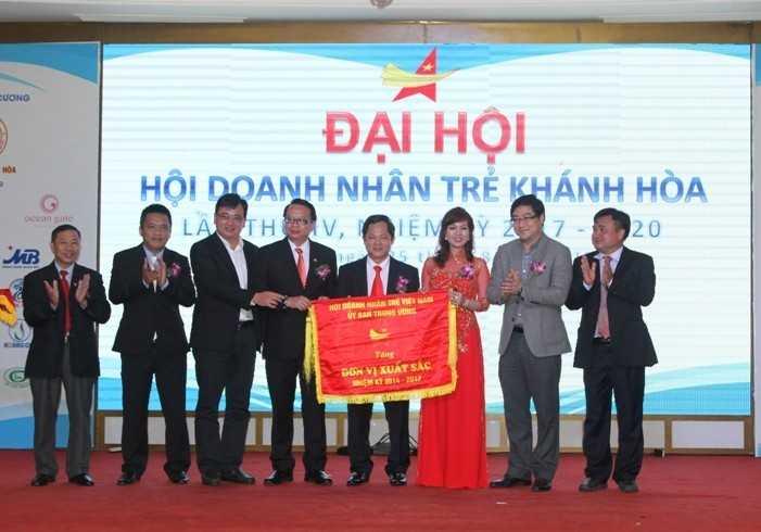 images5307864 H i doanh nh n tr  03 - Đại hội Hội doanh nhân trẻ Khánh Hòa nhiệm kỳ 2017-2020