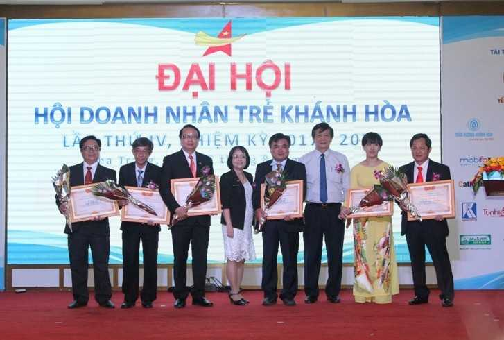 images5307866 H i doanh nh n tr  05 - Đại hội Hội doanh nhân trẻ Khánh Hòa nhiệm kỳ 2017-2020