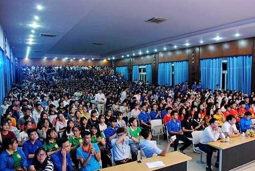 diem20giao20luu20 202 - Đêm hội kết nối - chào đón sinh viên K59  Định hướng nghề nghiệp, chia sẻ thông tin về học tập, rèn luyện và khởi nghiệp cho tân sinh viên K59.