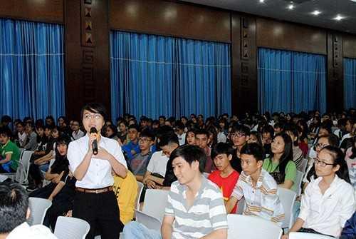 diem20giao20luu20 206 - Đêm hội kết nối - chào đón sinh viên K59  Định hướng nghề nghiệp, chia sẻ thông tin về học tập, rèn luyện và khởi nghiệp cho tân sinh viên K59.