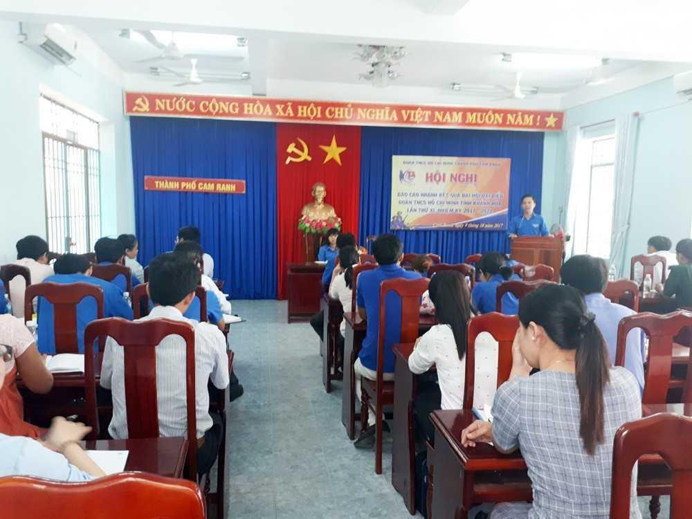Cao Nho Trí báo cáo kết quả Đại hội tỉnh