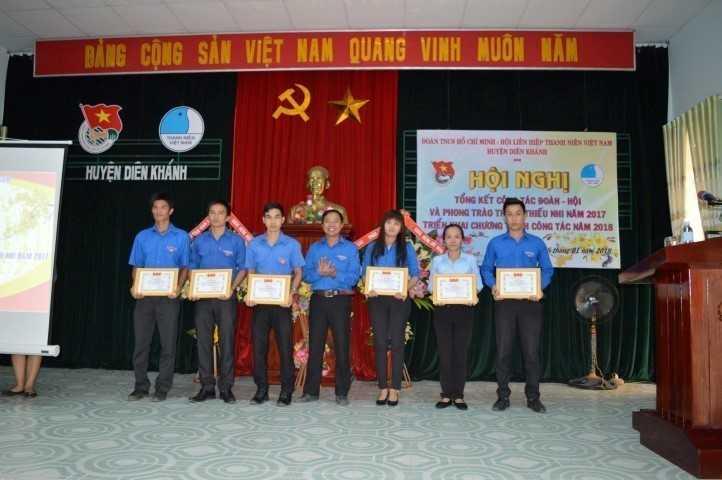 images 2018 01 dien khanh tong ket 2017 image011 a4d65 - DIÊN KHÁNH: Hội nghị tổng kết công tác Đoàn, Hội và phong trào thanh thiếu nhi năm 2017,