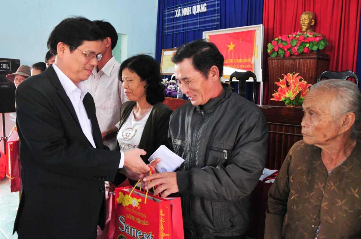 images 2018 02 doanh nghiep tang qua ninh quang images5324085 app 2666 f898f - Trao 50 phần quà cho người dân xã Ninh Quang