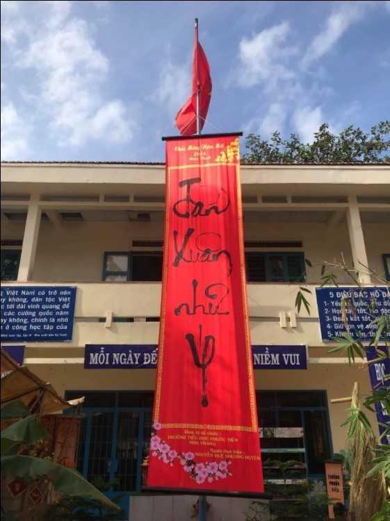 """images 2018 02 tet xua phuoc tien tet xua 5 727dc - Học sinh """"Tiểu học Phước Tiến"""" hóa thân vào Lễ hội Tết xưa."""