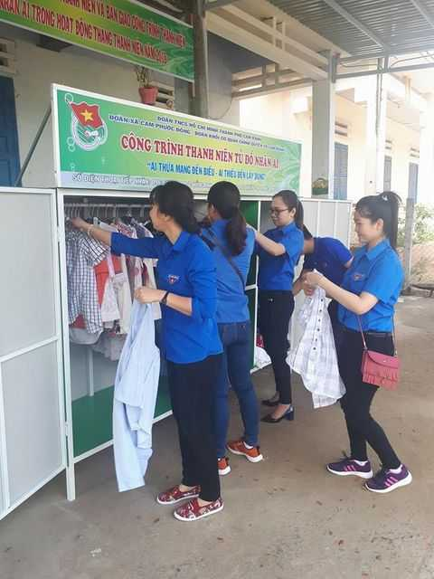 images 2018 03 cam ranh ngay doan vien 1 c98c1 - CAM RANH: Tổ chức ngày đoàn viên - ra quân tình nguyện trao tặng tủ đồ nhân ái trong Tháng thanh niên năm 2018