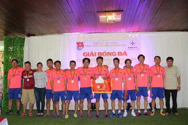 9c.Giai ba - Giải bóng đá mini Đoàn thanh niên Điện lực Khánh Hòa, đơn vị trực thuộc Đoàn khối Doanh nghiệp tỉnh