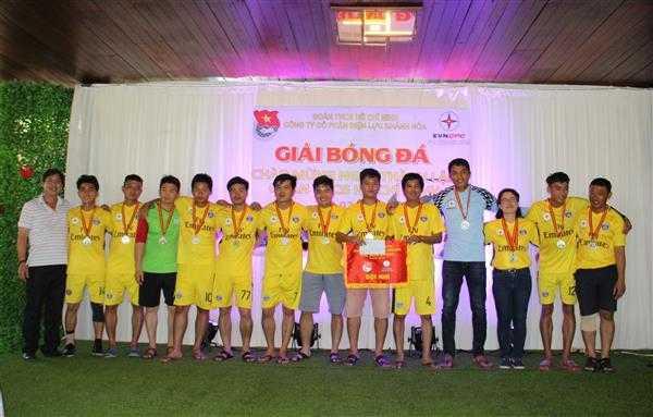 9d.Giai nhi - Giải bóng đá mini Đoàn thanh niên Điện lực Khánh Hòa, đơn vị trực thuộc Đoàn khối Doanh nghiệp tỉnh