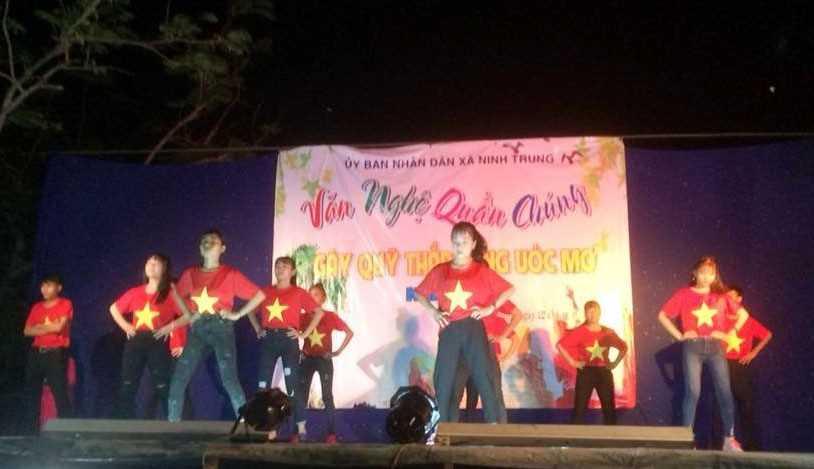 images 2018 04 ninh hoa van nghe h 602be - Ninh Trung tổ chức đêm văn nghệ thắp sáng ước mơ năm 2018