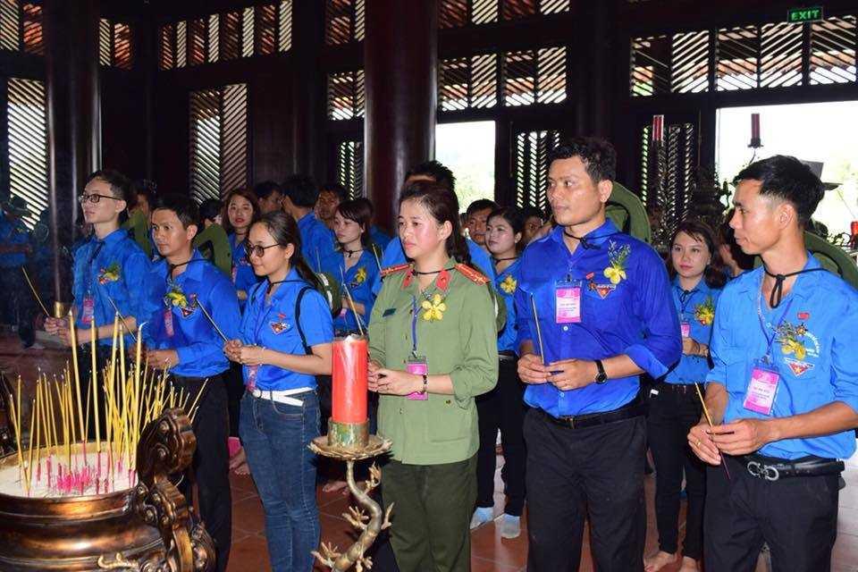 images 2018 05 dai hoi thanh nien tien tien dhtntt   dang huong den hung 3.1 c1a3b - Đại hội thanh niên tiên tiến làm theo lời Bác lần thứ V - năm 2018