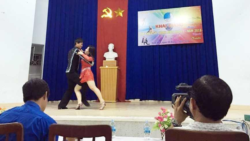 images_2018_05_ninh_hoa_khai_giang_lop_khieu_vu_khieu_vu_7ec9f NINH HÒA: Khai giảng Lớp khiêu vũ thanh niên khóa I năm 2018