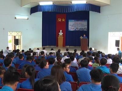 phat dong phong chong sot huyet - NINH HÒA: Lễ phát động chiến dịch Thanh niên chung tay phòng, chống sốt xuất huyết và bệnh do vi rút zika hưởng ứng ngày Môi trường thế giới 05/6