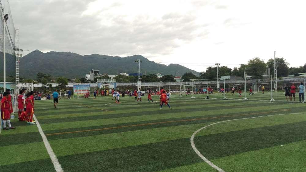 IMAG0011 - CAM RANH: Giải bóng đá hè U13 lần thứ III