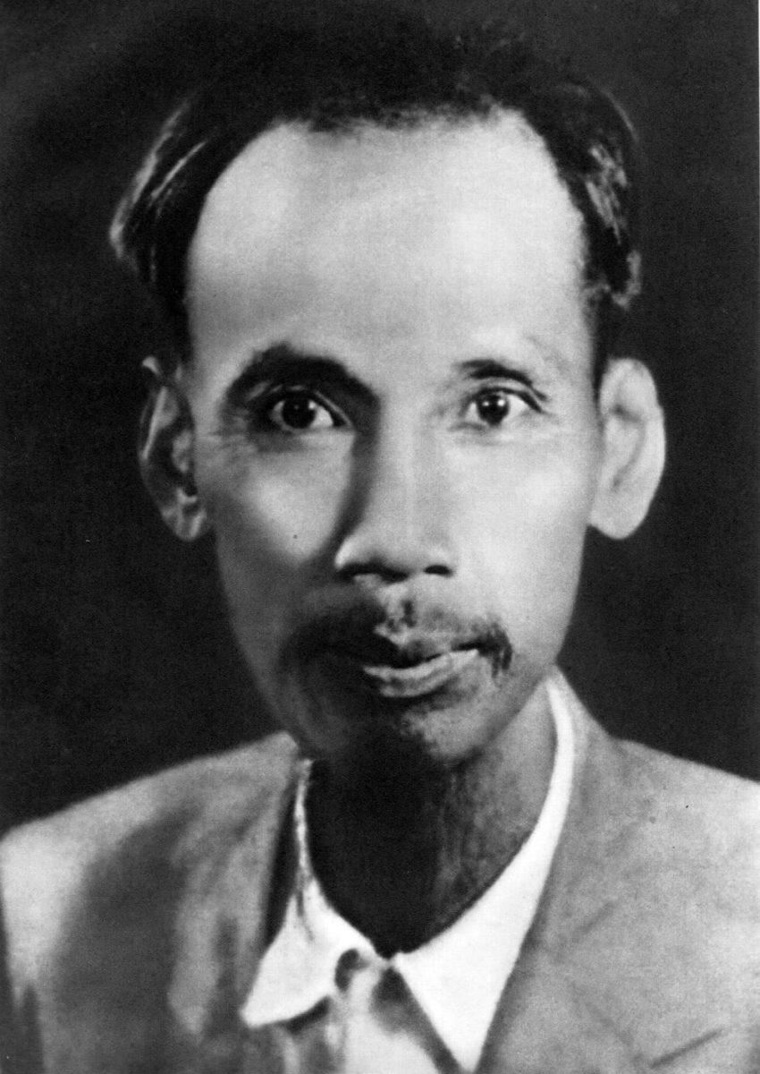 Hồ Chủ tịch năm 1945.