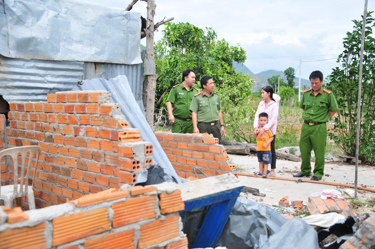 images5337338 APP 7451 - Khởi công xây dựng nhà tình nghĩa cho gia đình khó khăn