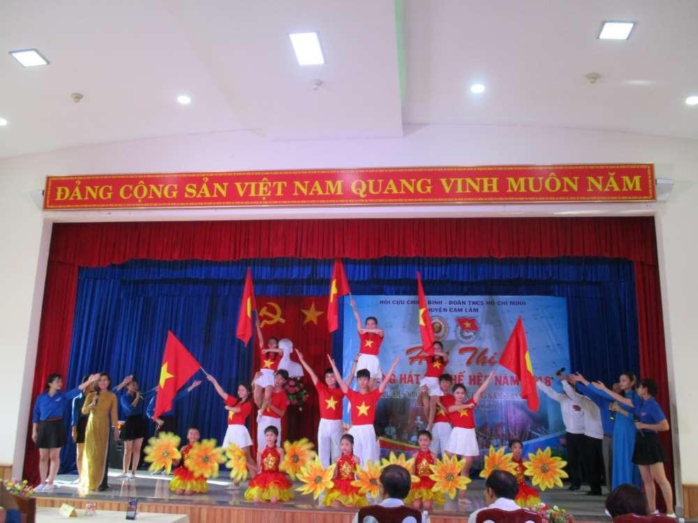 """IMG 0891 - CAM LÂM: Hội thi """"Tiếng hát Ba thế hệ"""" năm 2018"""