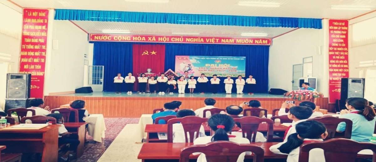 image009 3 - Đại hội Cháu ngoan Bác Hồ huyện Khánh Sơn năm học 2017 - 2018