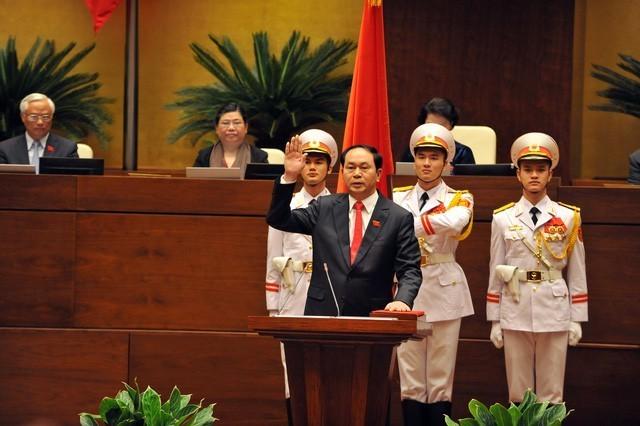 ctn tran dai quang nham chuc ctn 15375180627151711314689 - Hình ảnh Chủ tịch nước Trần Đại Quang trong những sự kiện nổi bật