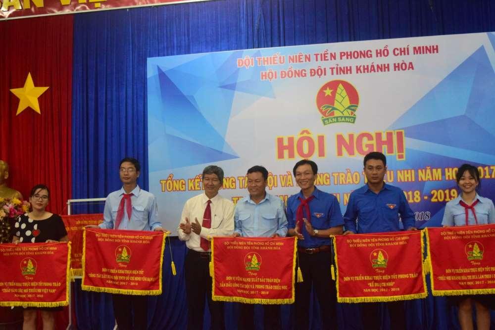 085 - 34 tập thể, cá nhân được Hội đồng Đội Trung ương khen thưởng