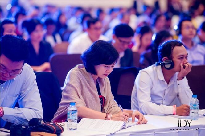3 uicc - Phụ nữ Việt, họ là ai?: Kỳ 4 - 'Bóng hồng' nơi người bị trầm cảm tựa vào