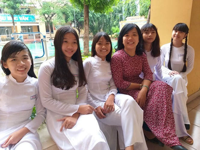 co truc anh chinh fqgw - Phụ nữ Việt, họ là ai?: Kỳ 2 - Người xây tâm hồn từ tiếng chửi thề