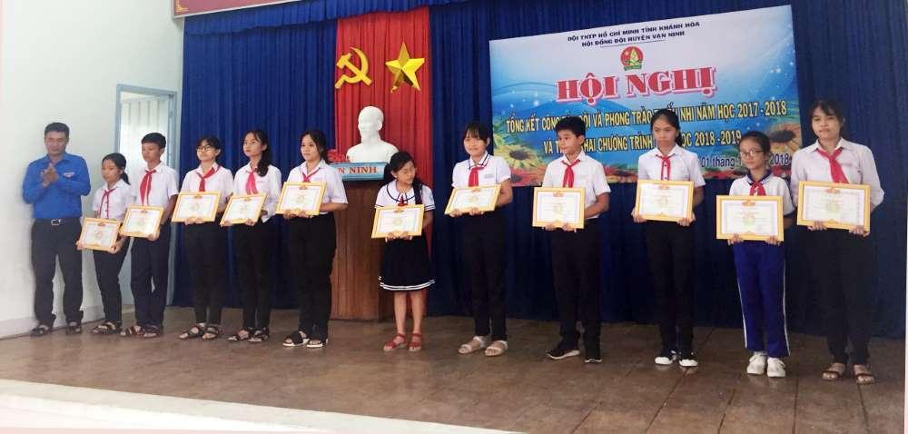 img 1538397320645 1538397742808 - VẠN NINH: Tổng kết công tác Đội và Phong trào thiếu nhi năm học 2017 - 2018