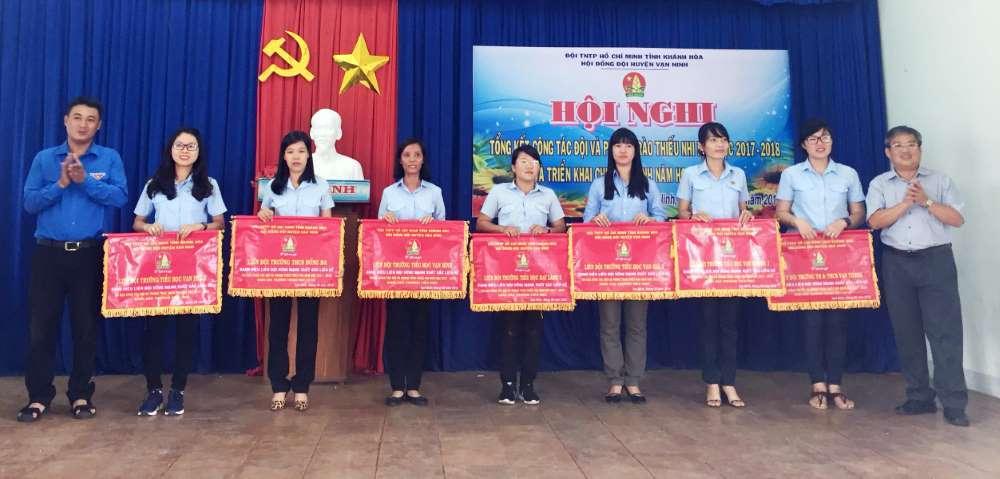 img 1538397321573 1538397742917 - VẠN NINH: Tổng kết công tác Đội và Phong trào thiếu nhi năm học 2017 - 2018