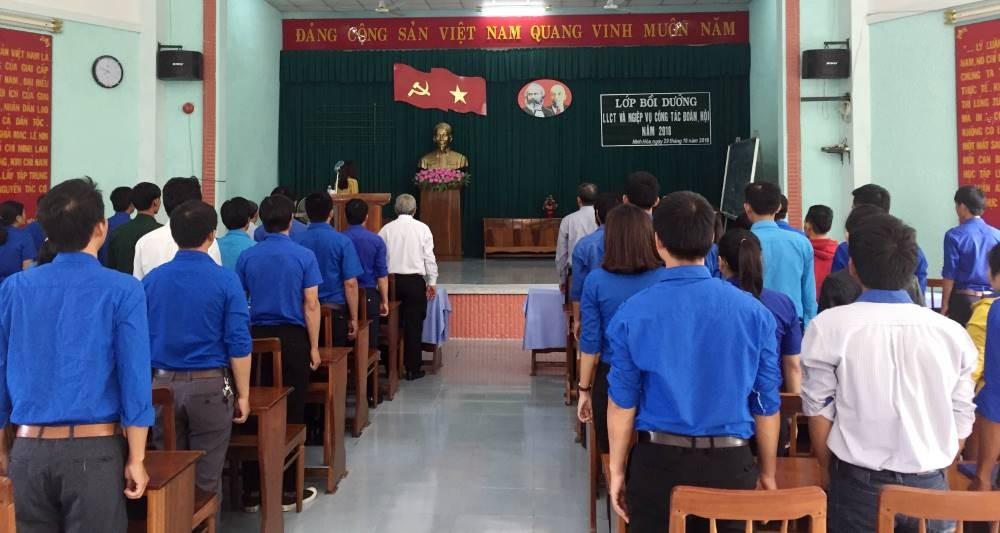 IMG 4665 - NINH HÒA: Lớp bồi dưỡng Lý luận chính trị và nghiệp vụ công tác Đoàn, Hội cơ sở năm 2018
