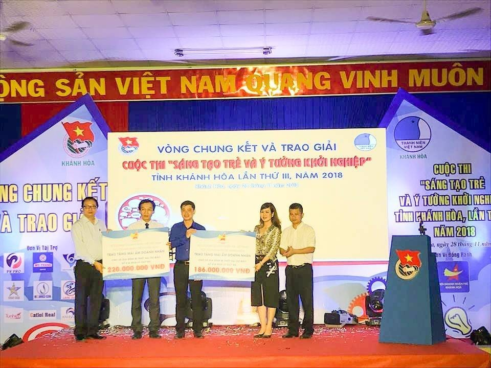 """Tổng kết, trao giải cuộc thi """"Sáng tạo trẻ và ý tưởng khởi nghiệp"""" trong đoàn viên thanh niên tỉnh Khánh Hòa lần thứ III - năm 2018 30"""