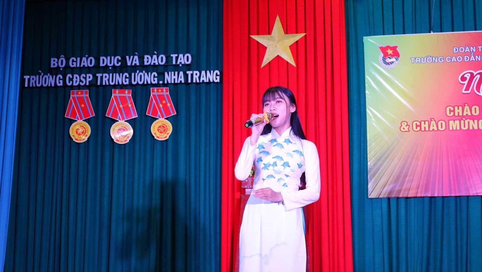 TRƯỜNG CĐSP TRUNG ƯƠNG NHA TRANG: Dạ hội chào tân sinh viên và chào mừng Năm học mới 2019 - 2020 10