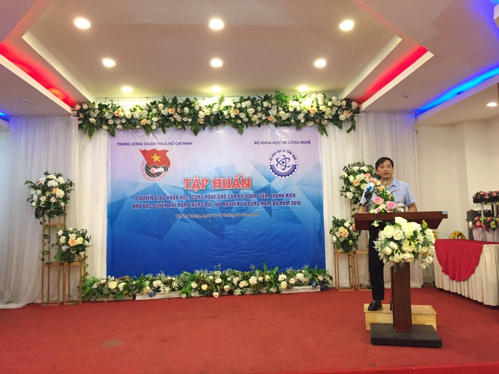 Đồng chí Phạm Kiều Hưng – Phó Giám đốc Phụ trách Trung tâm Phát triển khoa học, công nghệ và Tài năng trẻ Trung ương Đoàn phát biểu khai mạc lớp tập huấn