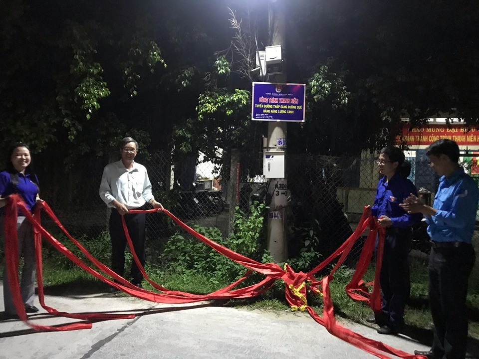 """VẠN NINH: Khánh thành công trình thanh niên thắp sáng đường quê bằng """"Năng lượng xanh"""" 3"""