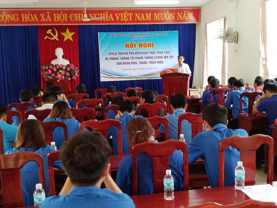 CAM LÂM: Hội nghị tuyên truyền kiến thức pháp luật phòng, chống tội phạm, ma túy 1