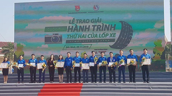 """Đại học Nha Trang giành giải Nhì toàn quốc cuộc thi """"Hành trình thứ hai của lốp xe"""" 1"""