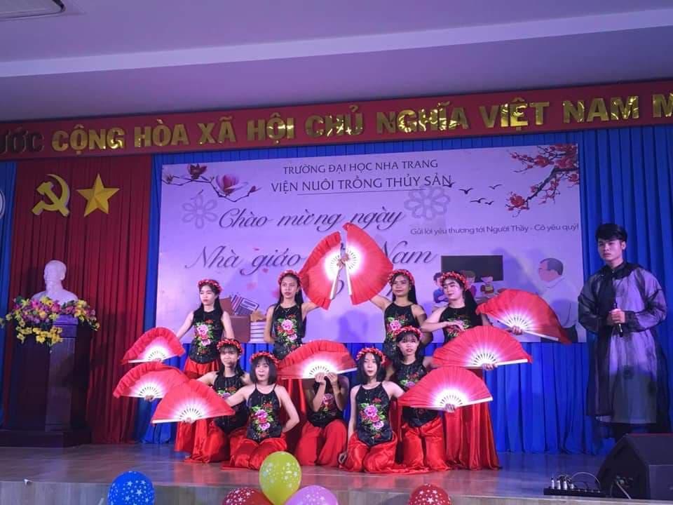 ĐẠI HỌC NHA TRANG: Các hoạt động chào mừng Ngày Nhà giáo Việt Nam 3