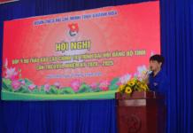 Đồng chí Bùi Hoài Nam phát biểu khai mạc và báo cáo đề dẫn Hội nghị.