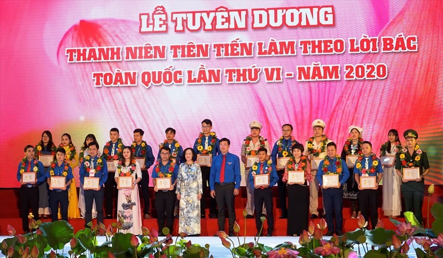 """Lễ tuyên dương """"Thanh niên tiên tiến làm theo lời Bác toàn quốc"""" lần thứ VI. Ảnh: Quang Đại"""