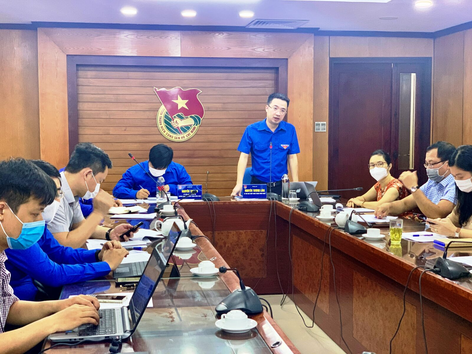 Bí thư Trung ương Đoàn Nguyễn Tường Lâm đề nghị các đơn vị trong Cụm cần quan tâm đẩy mạnh việc tuyên truyền Luật Thanh niên; triển khai chiến dịch thanh niên tình nguyện Hè 2021 trong bối cảnh dịch COVID-19